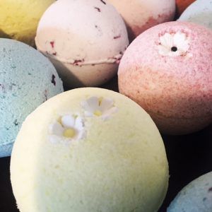 soap case: bath bombs