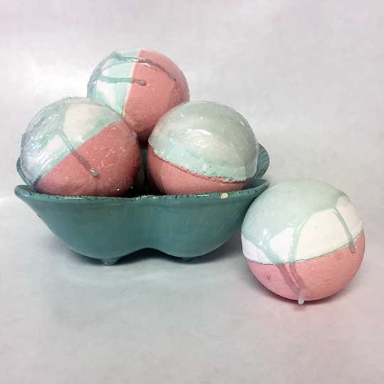 scout bomb raspberry sorbet bath bomb