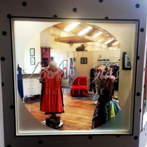 looking glass clothing boutique tacoma, wa