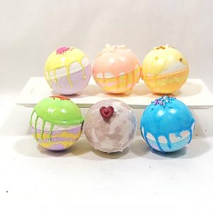 fancy bath bombs